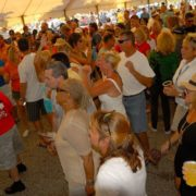 jp-seafoodfest-crowd