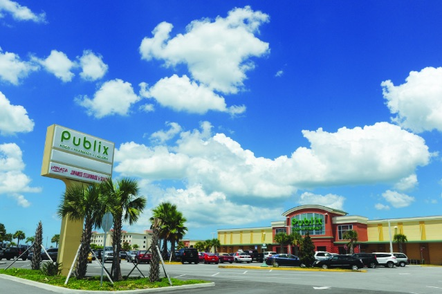 mad-beach-publix-front-view